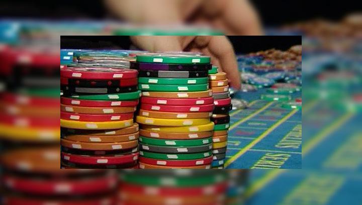 Полицейских, подозреваемых в крышевании казино, арестовали незаконно