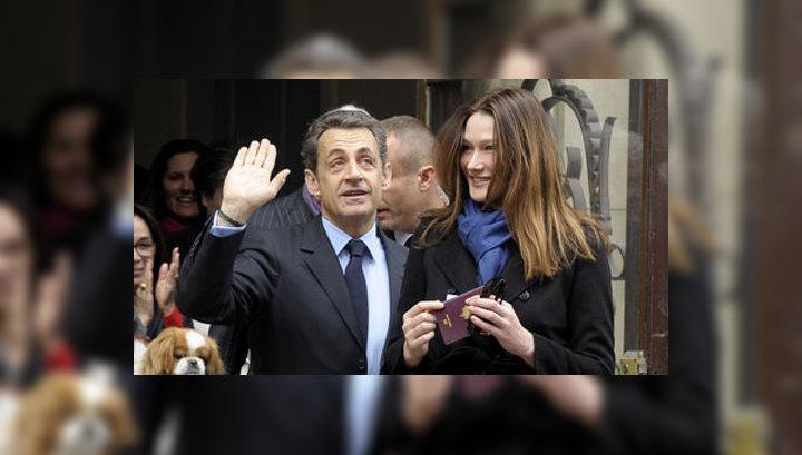 Выборы во Франции: Саркози проголосовал последним