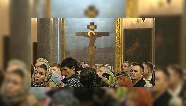 Молебны в защиту веры прошли во всех епархиях РПЦ