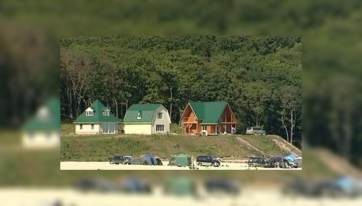 "Пляжи Приморья защитят ""антиакульими"" сетками"