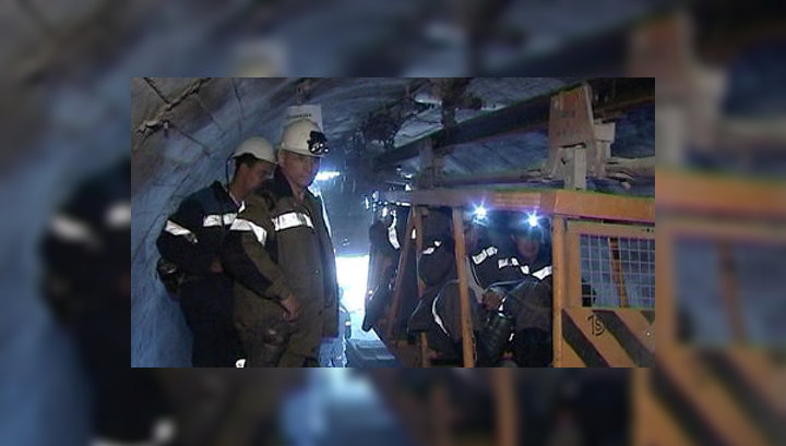 Из кузбасской шахты эвакуировали 44 горняков