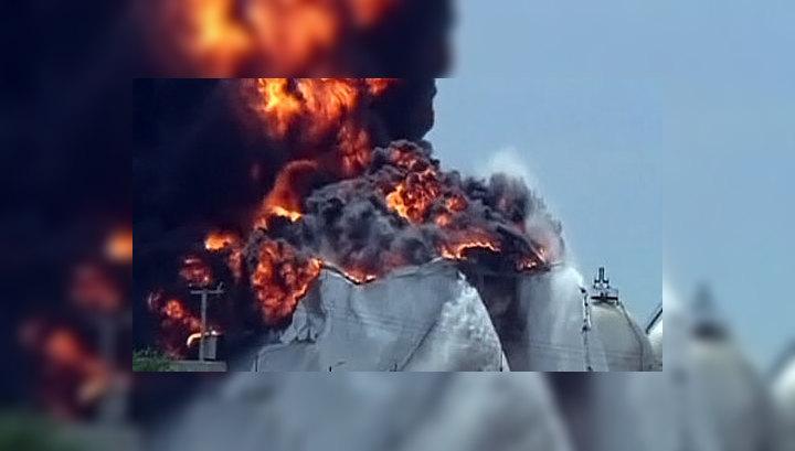На крупнейшем НПЗ Венесуэлы продолжается пожар