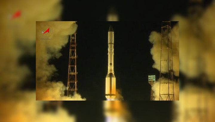 """""""Протон-М"""" с  двумя российскими спутниками успешно стартовал с Байконура"""