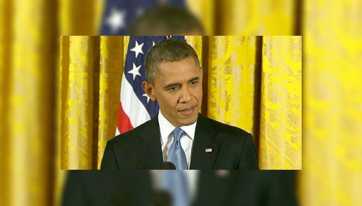 """Обама подписал спасающий от """"финансового обрыва"""" закон"""