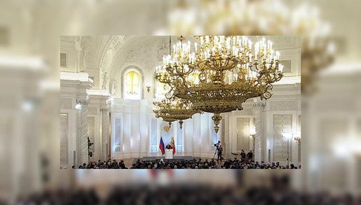 Президент предложил ограничить права чиновников на зарубежную собственность