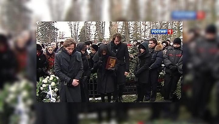 В Москве проводили в последний путь великую певицу