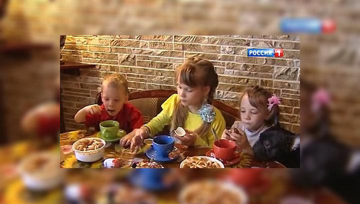 Правительство РФ изменило правила усыновления