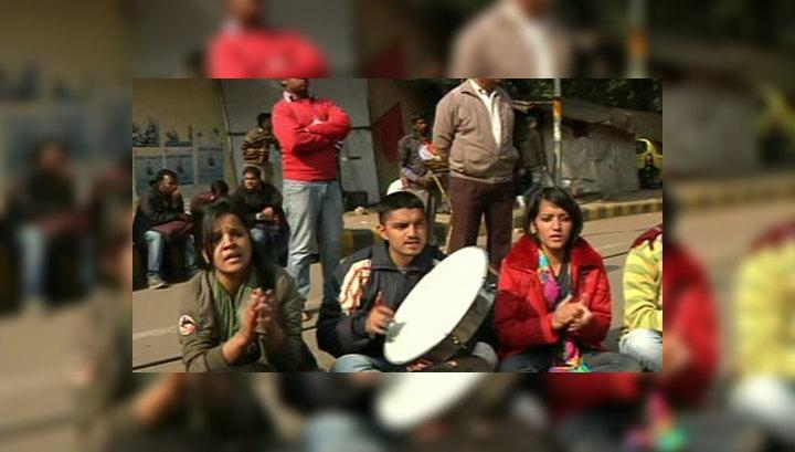 Обвинение требует смертной казни для четверых насильников в Индии