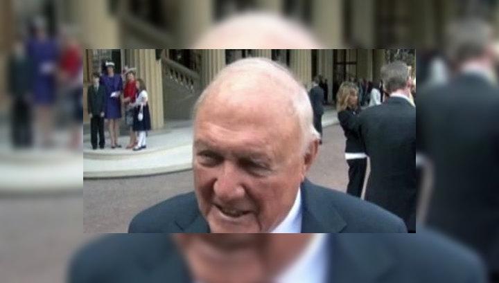 Знаменитый 83-летний радиоведущий BBC оказался педофилом