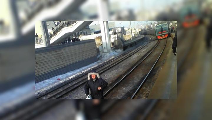 фото бентли упавшего на жд пути