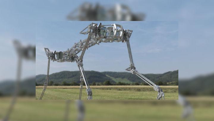 Японские робототехники представили нового робота-гепарда. Его подвижный скелет в сочетании с пневматическими мышцами позволяет имитировать плавные движения живых кошек