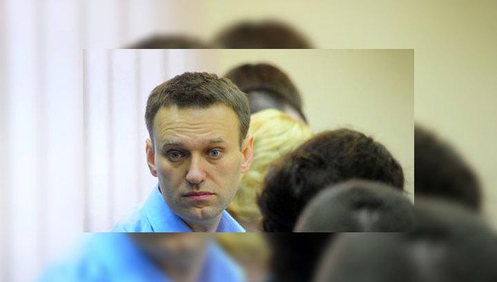 Скандал с агитками в поддержку Навального: в типографии прошел обыск