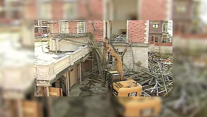 """""""Речник""""-2: на Карамышевской набережной начался снос незаконного поселка"""