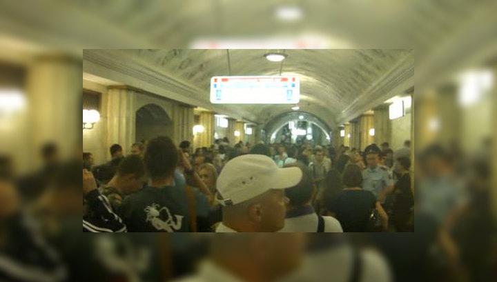 Пожар в метро: столпотворение и дикие цены на такси