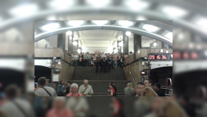 Повторный пуск: на красной ветке метро пустили поезда без пассажиров