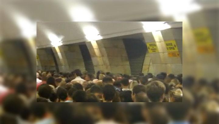Час в тоннеле: к врачам обратились более 10 пострадавших в метро