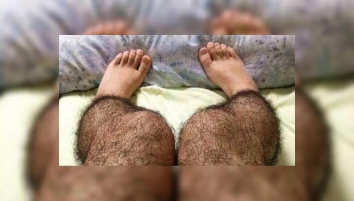 В Китае изобрели волосатые колготки с функцией антиизнасилования