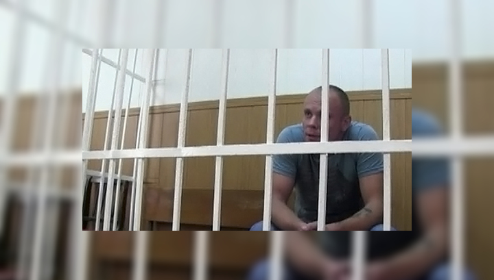 Грабитель год ухаживал за кассиршей, чтобы добраться до сейфов Сбербанка