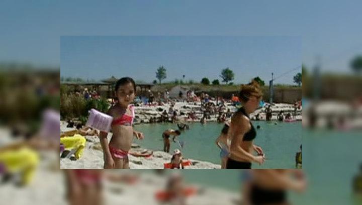 Вместо пострадавших от наводнения отдыхать к морю поехали дети чиновников