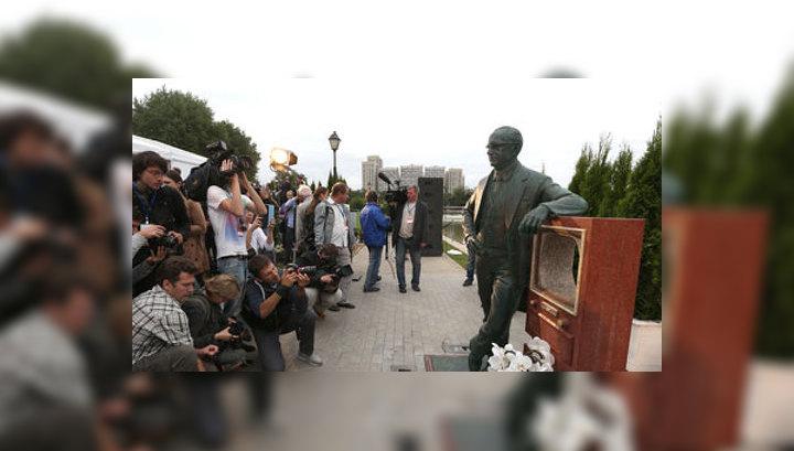 Юбилей изобретателя телевизора: в России появилось два памятника Зворыкину