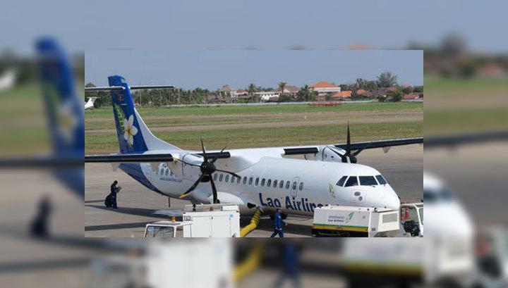 Шторм зашвырнул самолет на остров посреди Меконга