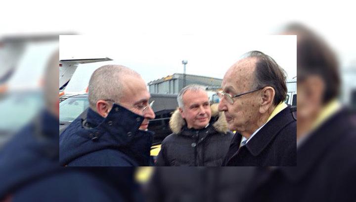 Михаил Ходорковский встретился с родными в Берлине
