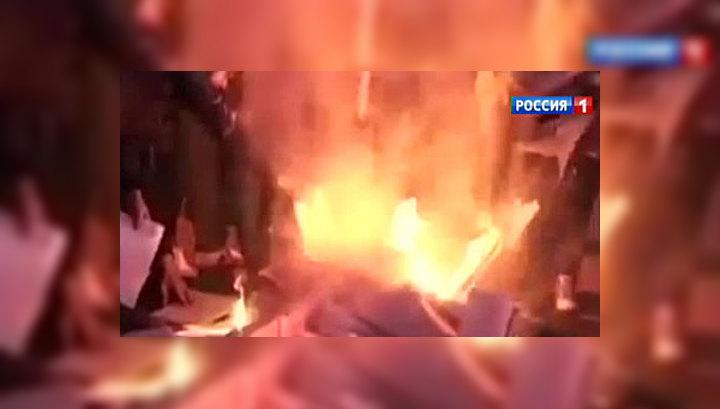 Запад Украины захватили радикалы: губернатор в цепях