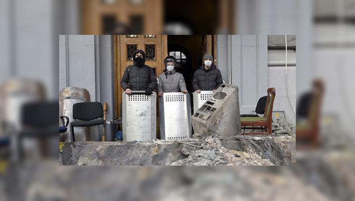 Горадминистрации на юго-востоке Украины перешли на осадное положение