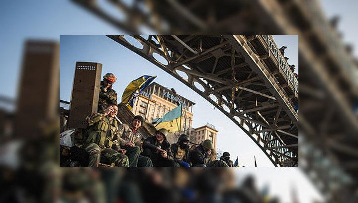 Украина: президент в бегах, пустая казна и новые власти