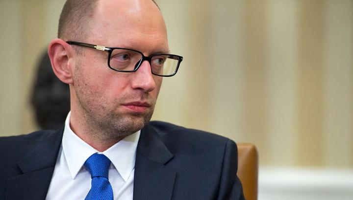 Яценюк: Киев готов расширить полномочия Крыма в украинском парламенте