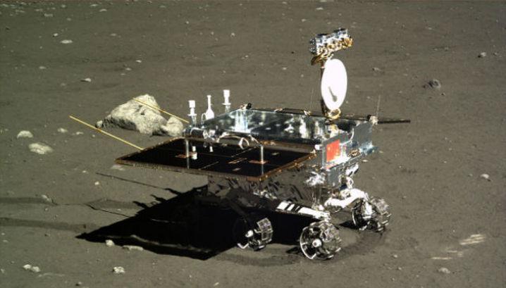 """За время своего пребывания на Луне """"Нефритовый заяц"""" проехал всего 100-110 метров"""