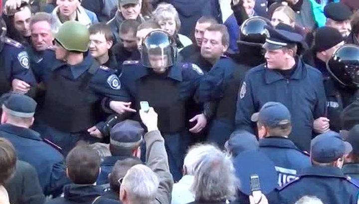 В центре Харькова произошла драка на битах