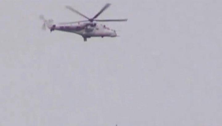 Вызывающая маскировка: Киев отправил вертолеты ООН подавлять протесты