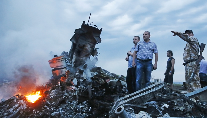 """Трагедия """"Боинга 777"""": Запад заговорил о несчастном случае"""