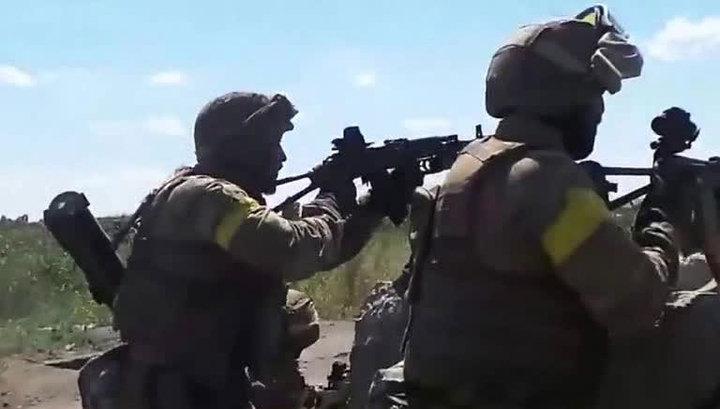 Украинские военные дезертируют, бросая танки и оружие