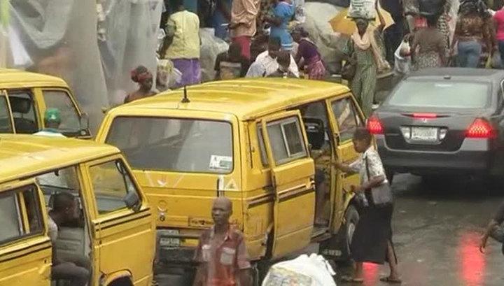 В Сьерра-Леоне два города взяты под карантин из-за лихорадки Эбола