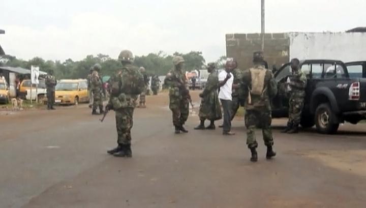 Гвинея закрывает границу, чтобы предотвратить распространение Эболы