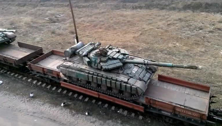Коррупционный эшелон: Венгрия отправила на войну в Украине старые танки