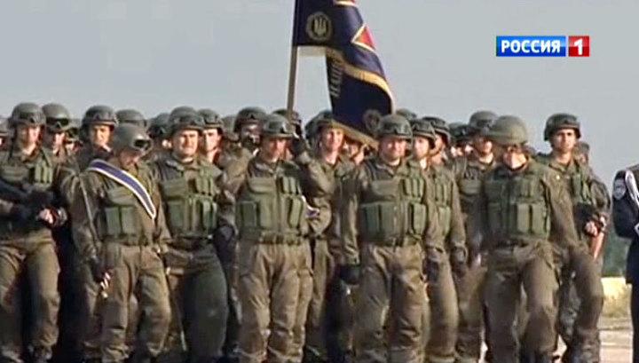 Киев готовится к параду на фоне недовольства военных
