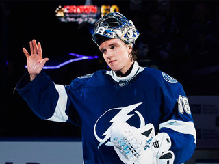 Василевский назван первой звездой дня в НХЛ