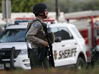 """Стрельба во время """"черной пятницы"""" в США: один погиб, один ранен"""