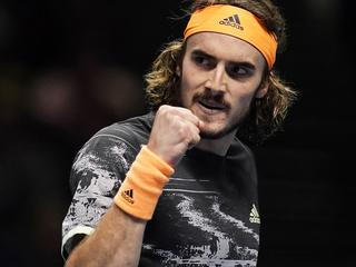 Стефанос Циципас победил на турнире ATP-250 в Лионе