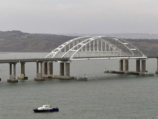 Великобритания вслед за ЕС ввела санкции против строителей Крымского моста