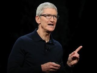 Тим Кук раскритиковал социальные медиа на фоне конфликта Apple с Facebook
