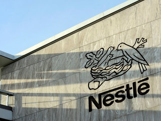 В Nestle заявили о производстве нездорового питания