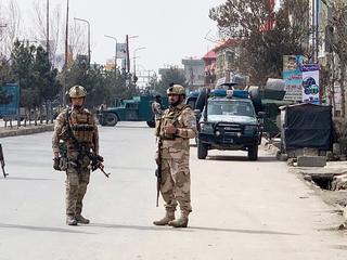 При взрывах в Кабуле погибли более 50 человек, в основном школьницы