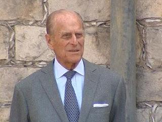 Принца Филиппа выписали после операции на сердце