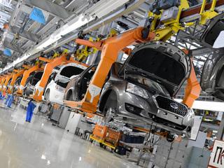 Чипов не хватает: АвтоВАЗ не исключил новой приостановки производства