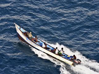 Пираты угрожают убить захваченных российских моряков