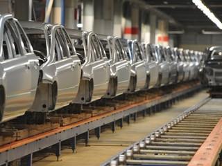 Работа по субботам: АвтоВАЗ включил конвейер после простоя